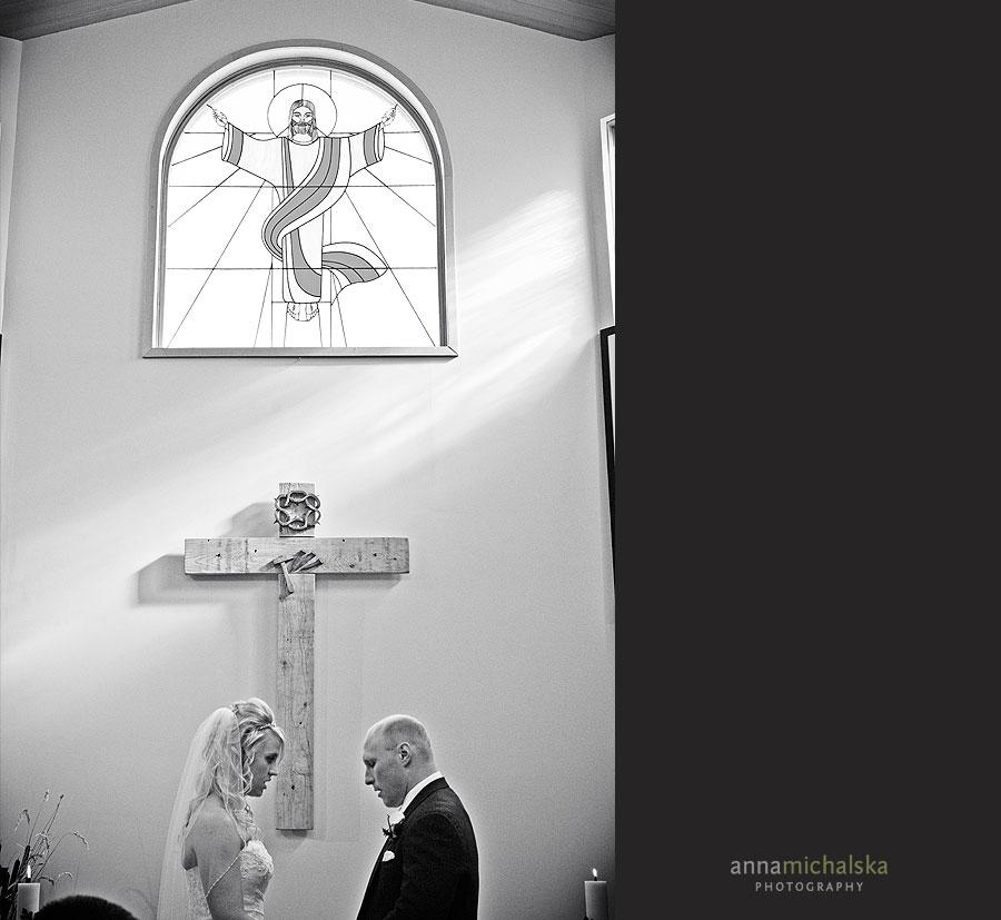calgary wedding photographer anna michalska ascension catholic parish