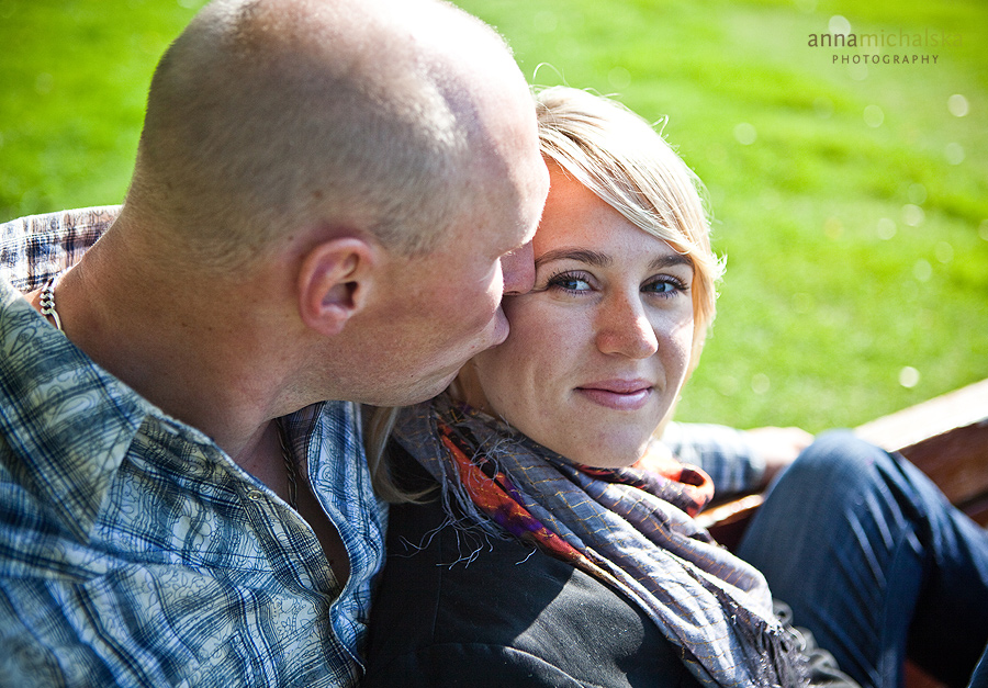 calgary engagement photography anna michalska bowness park
