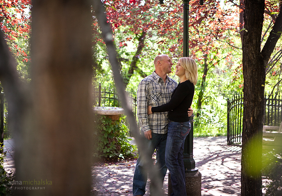 calgary engagement photography anna michalska gerry shaw gardens fall