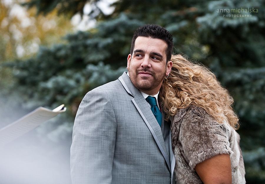 calgary wedding photography anna michalska backyard ceremony