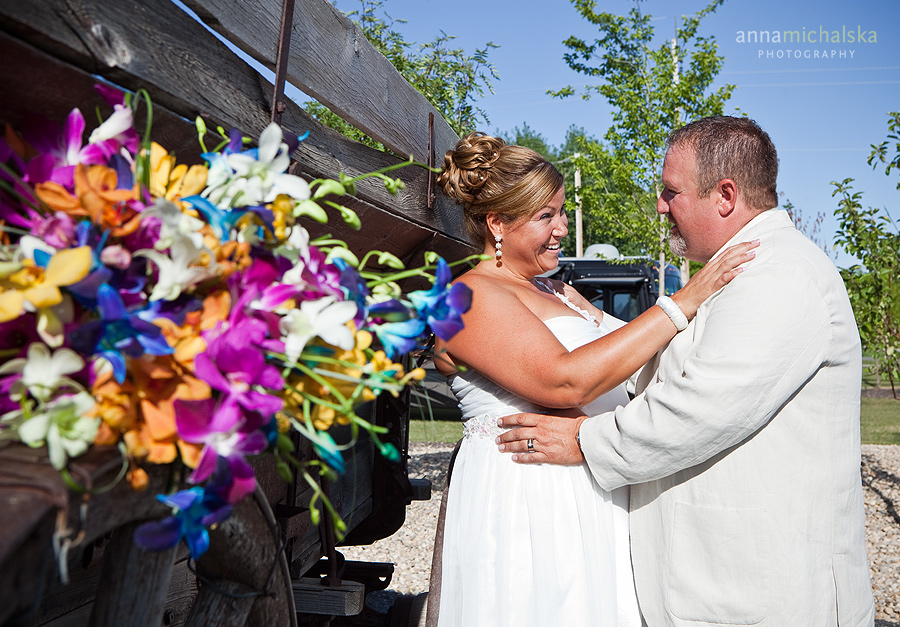 calgary wedding anna michalska photography hawaiian themed heritage point