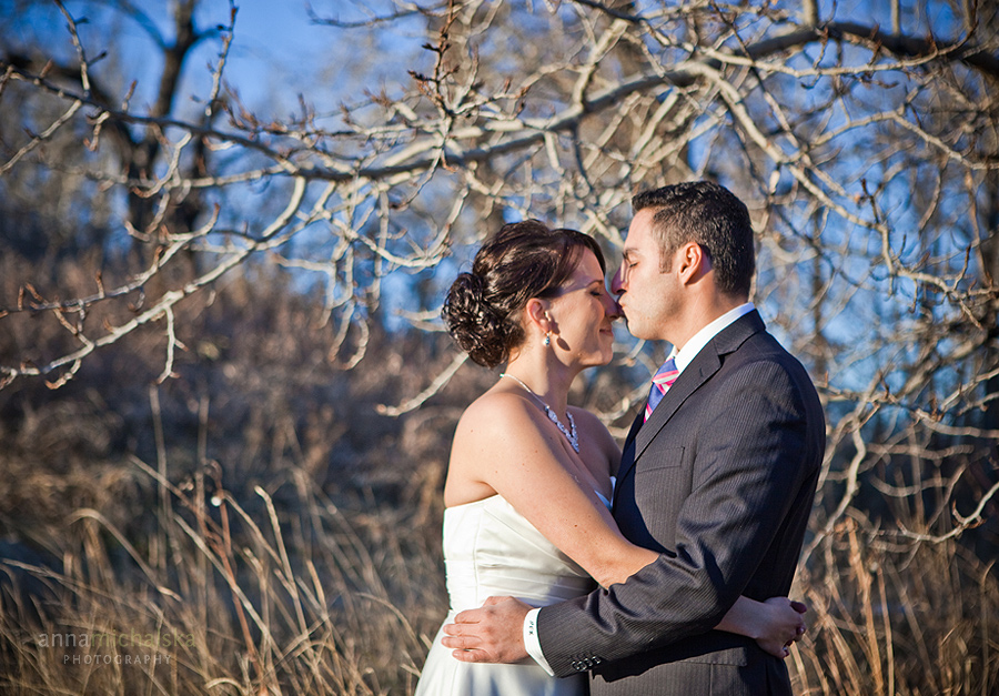 calgary wedding photographer anna michalska Pearce Estate Park first look
