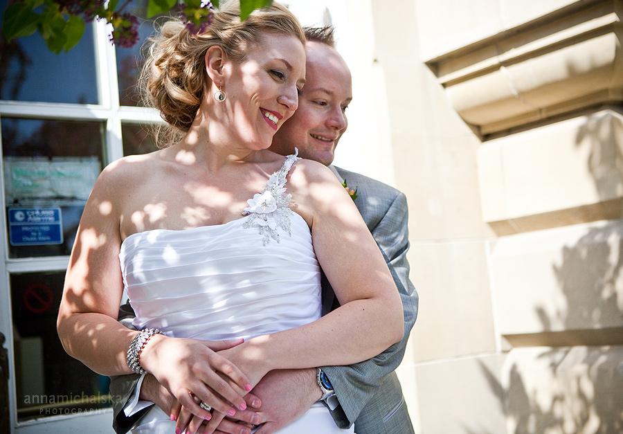 calgary wedding photographer anna michalska central memorial park library