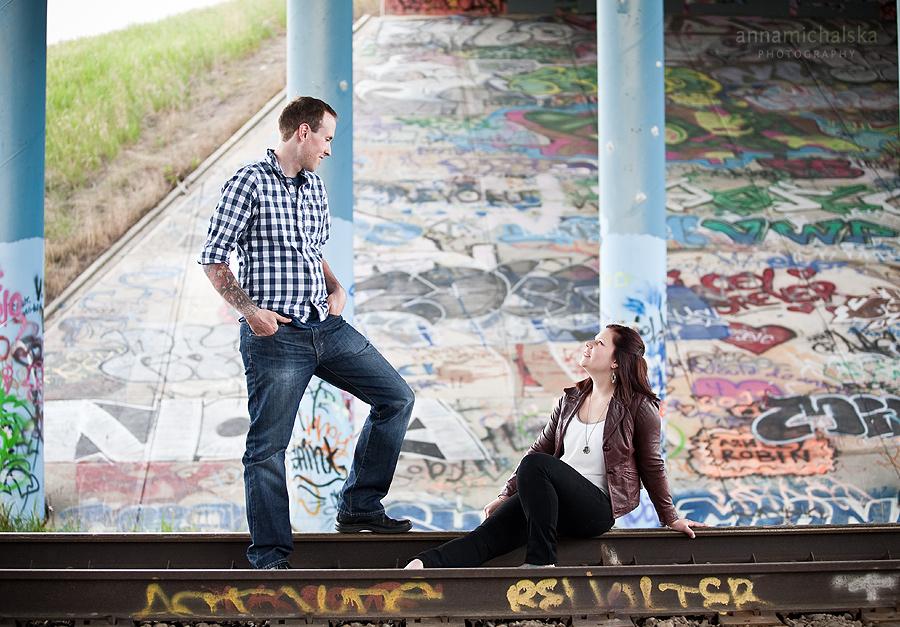 calgary engagement photographer anna michalska gaffiti bridge overpass