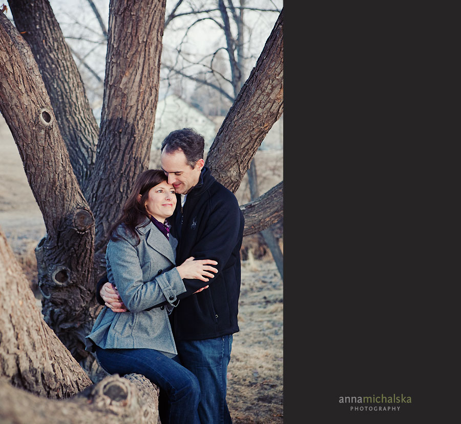 calgary couples wedding anniversary photographer anna michalska confederation park
