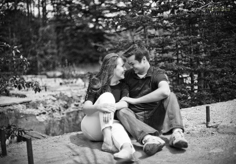banff engagement photographer anna michalska alberta mountains wedding