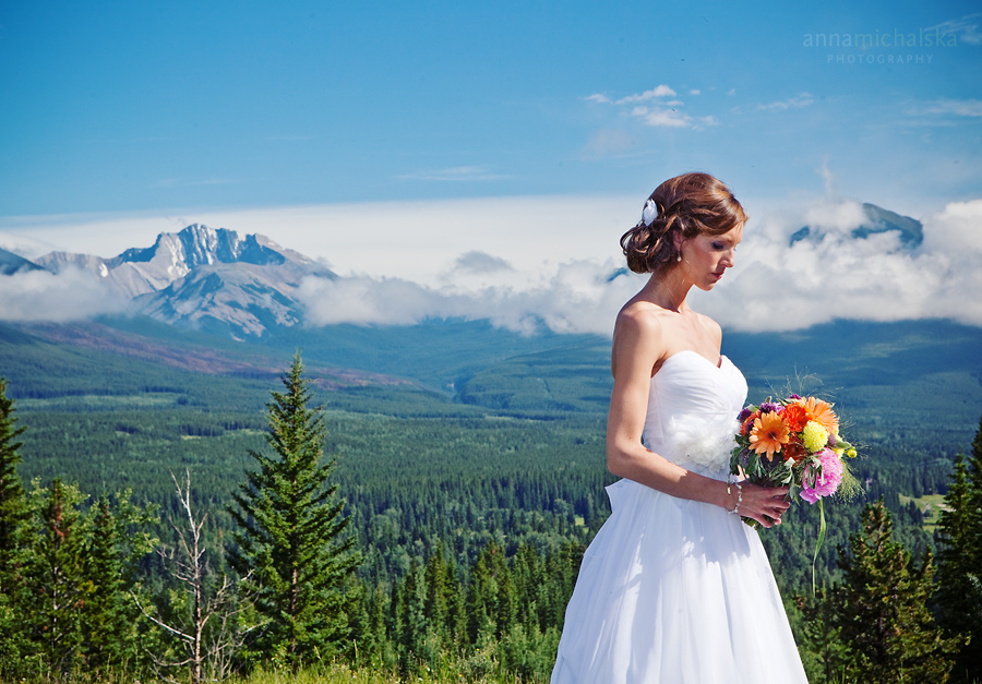 kananaskis wedding photographer anna michalska mountains delta