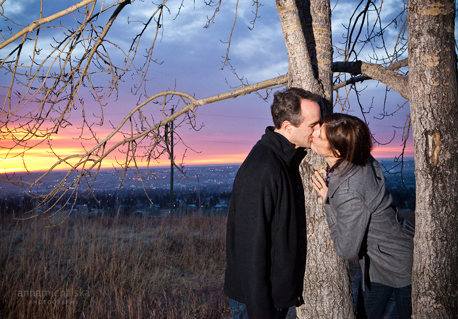 calgary couples wedding anniversary photographer anna michalska sunrise nose hill park