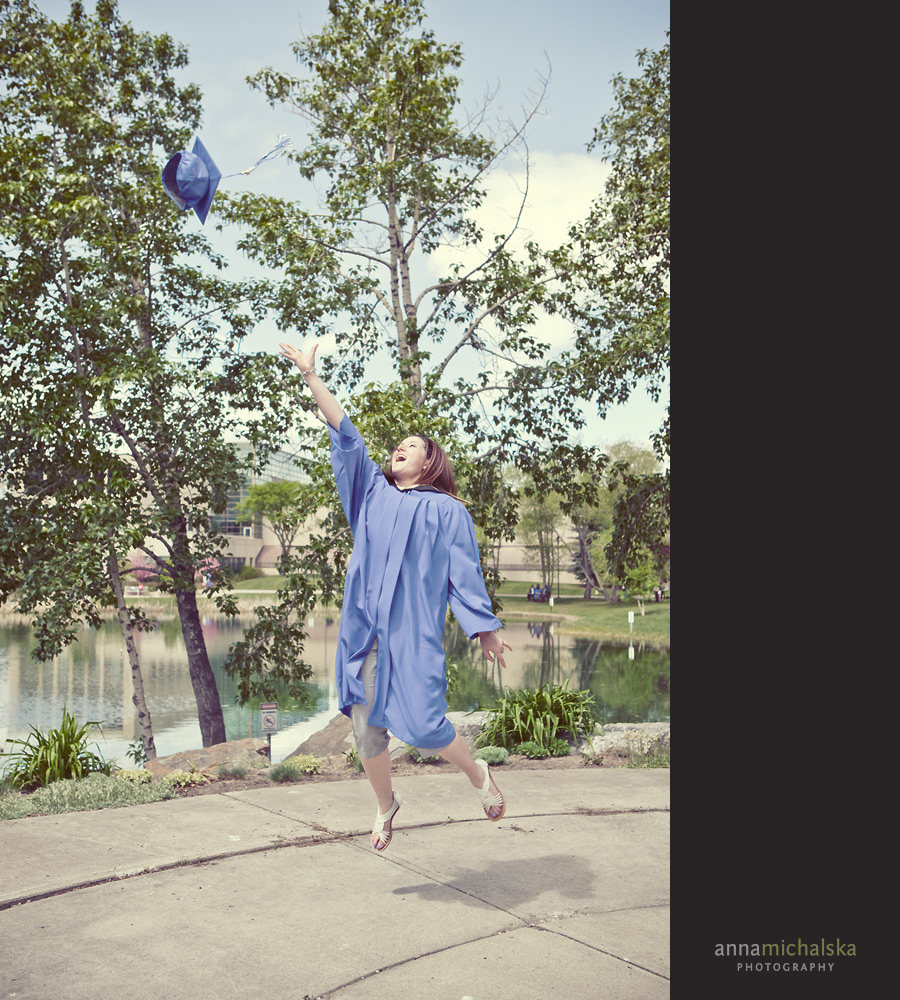 calgary family photographer anna michalska mount royal university graduation