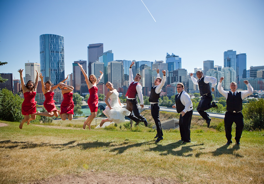 calgary wedding photographer anna michalska rotary park downtown skyline
