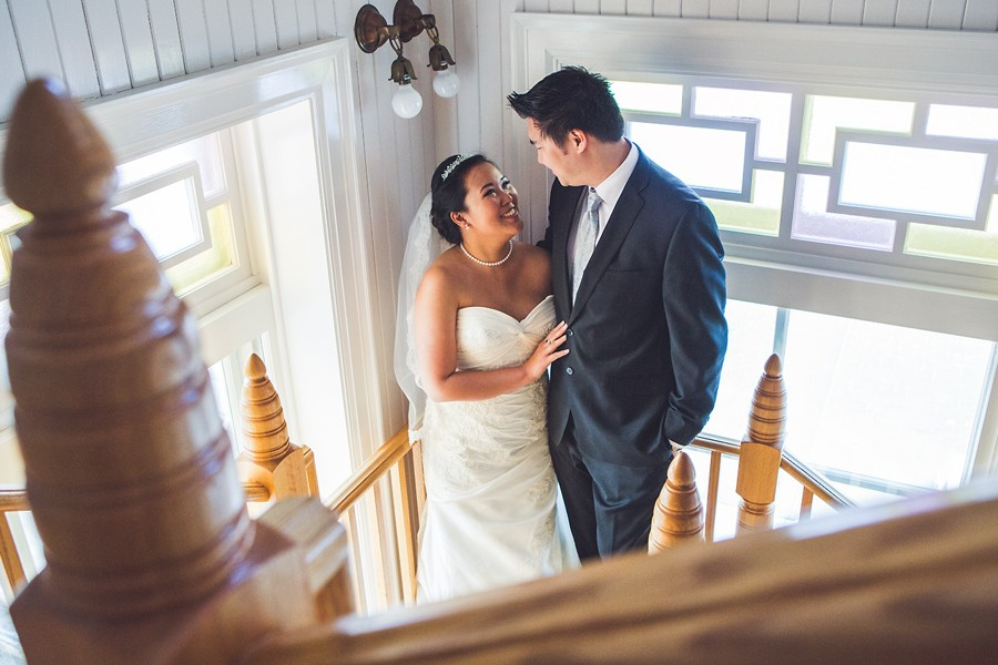 calgary wedding photographer anna michalska lougheed house winter wedding