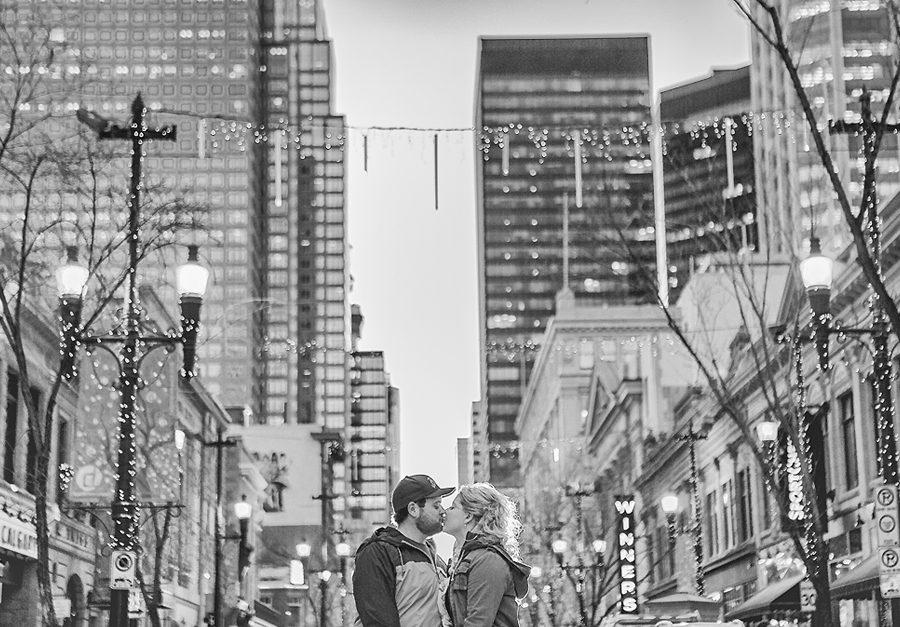 calgary engagement photographer anna michalska photography stephan avenue