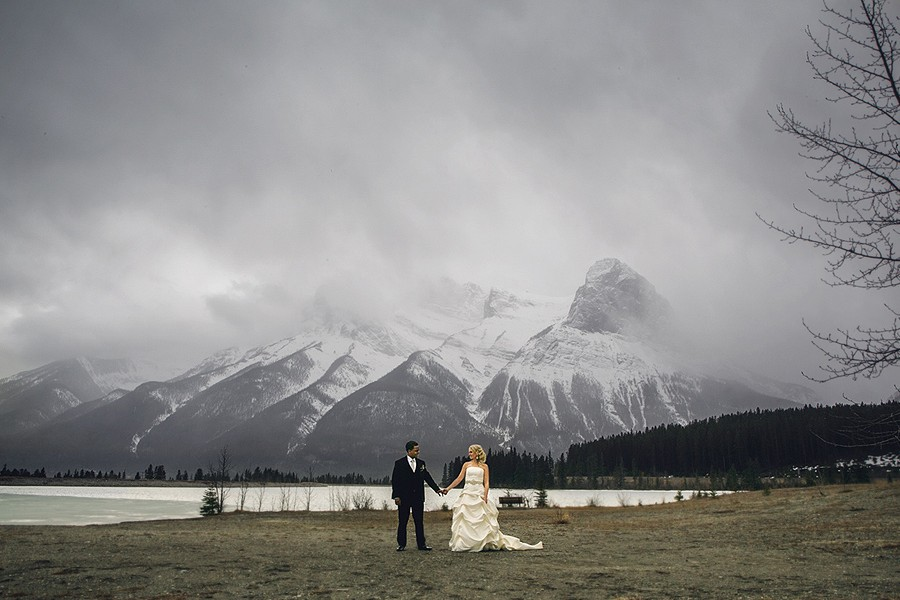 canmore wedding photographer anna michalska mountains