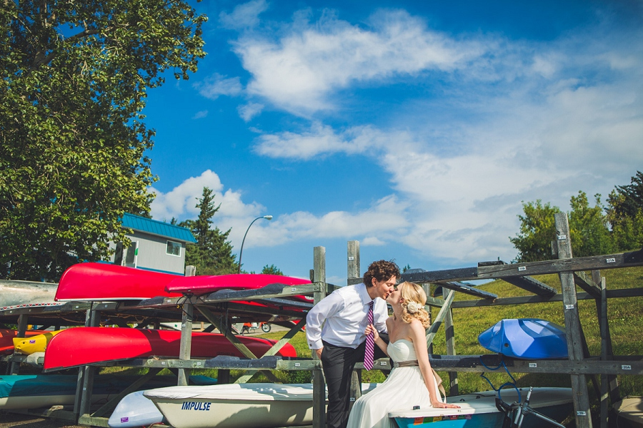 bride groom colorful canoes south glenmore park heritage park wedding calgary