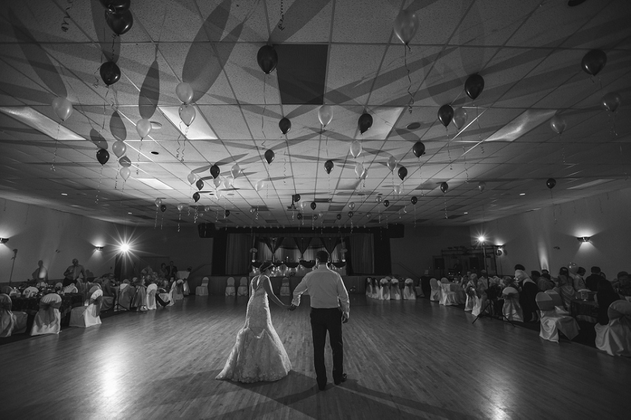 bride and groom first dance calgary wedding photographer anna michalska