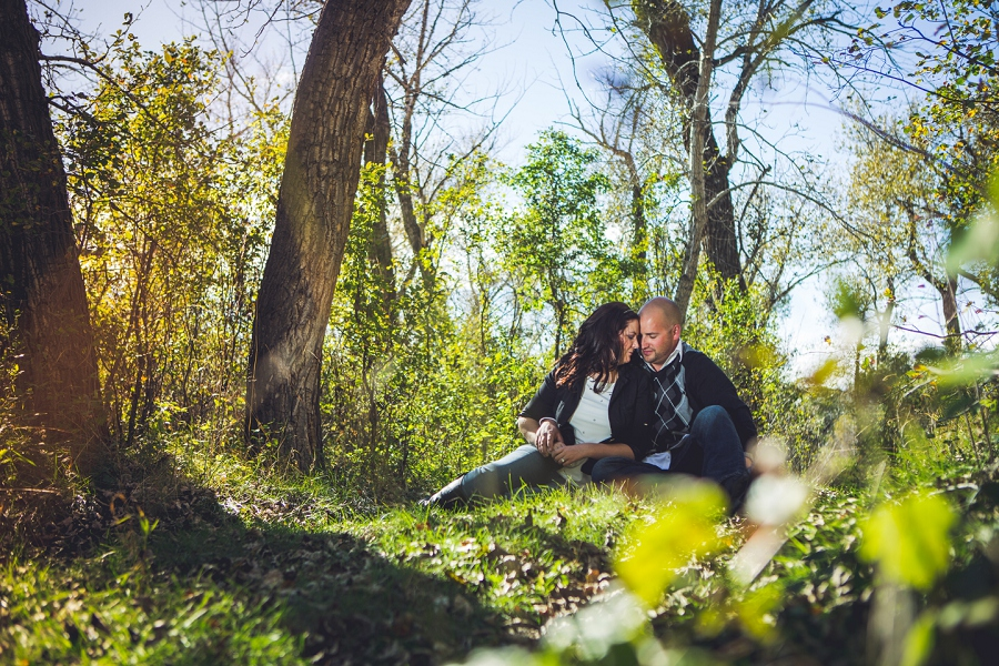pincher creek calgary engagement photography anna michalska bride groom with fall leaves