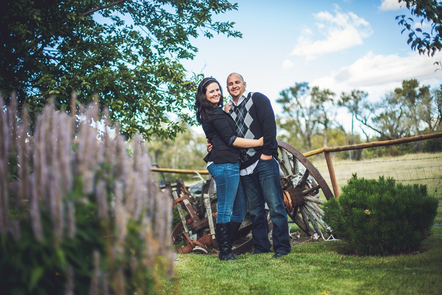 pincher creek calgary engagement photography anna michalska bride groom posing