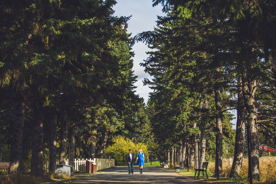 pathway bow valley ranche fish creek park calgary engagement photographer anna michalska
