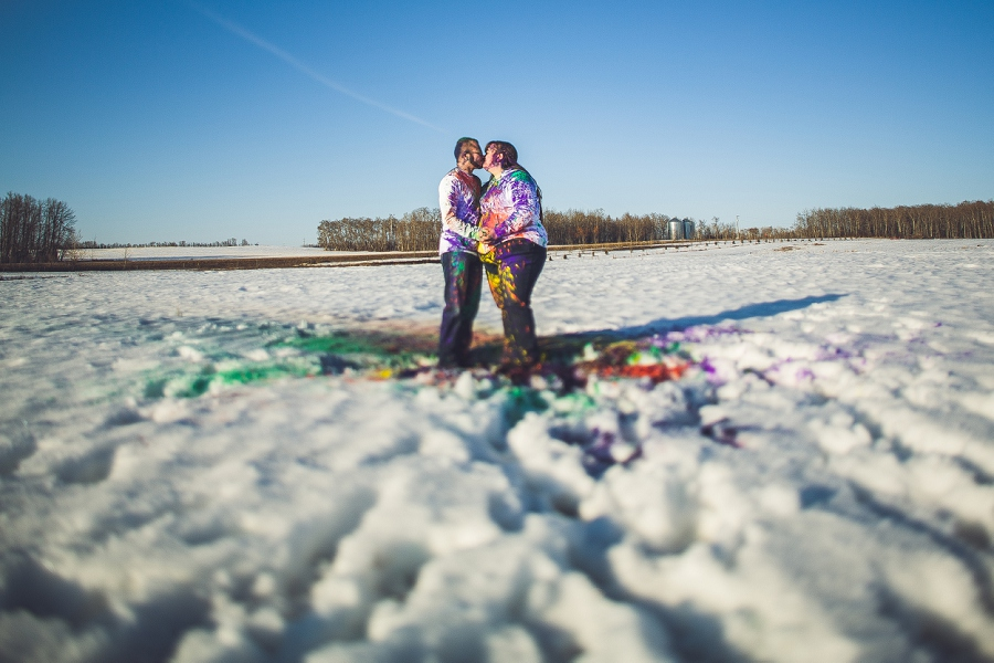 engagement session anna michalska photography calgary holi powder