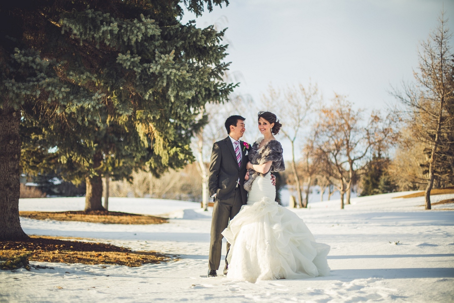 bride and groom winter silver springs golf course calgary wedding photographer anna michalska