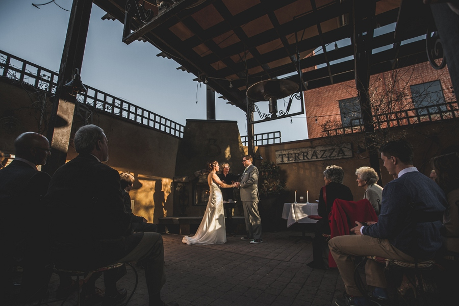 bride groom sunset bonterra trattoria calgary wedding photographer anna michalska
