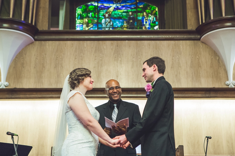 calgary wedding photographer anna michalska first baptist church exchange of vows