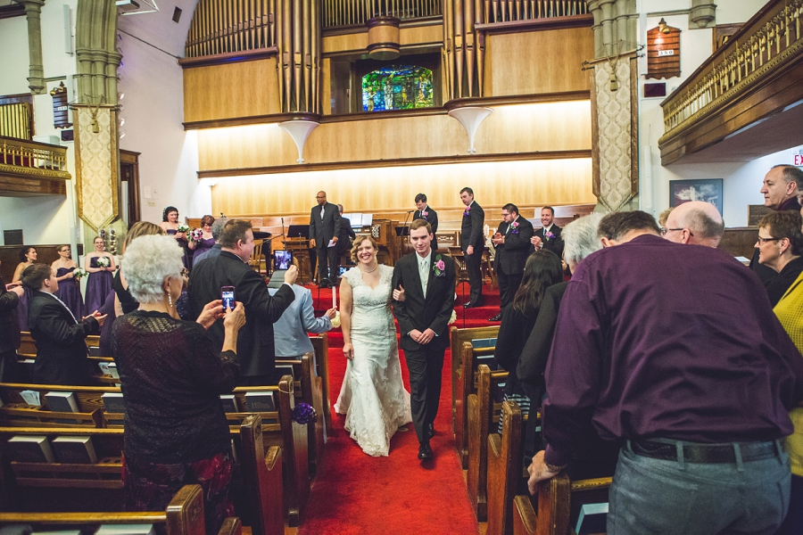 calgary wedding photographer anna michalska first baptist church ceremony processional