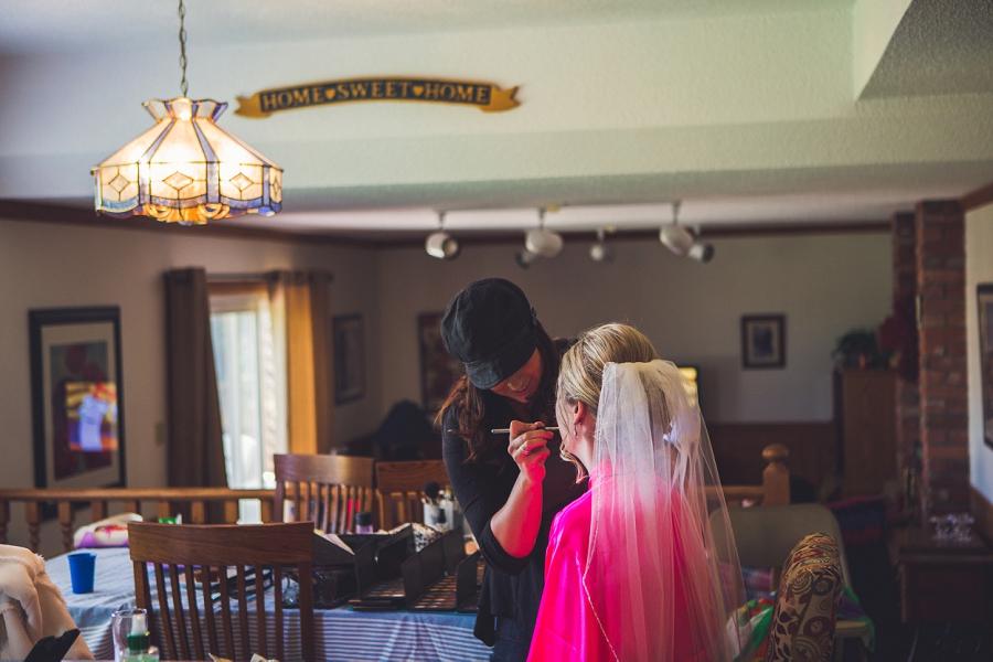 calgary wedding photographer anna michalska bride getting ready veil