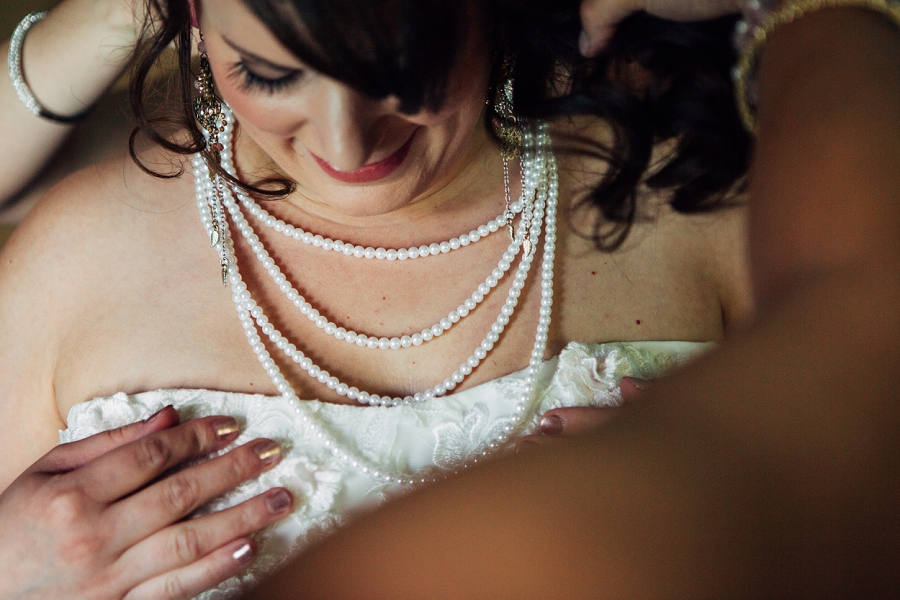 pearl necklace bride calgary wedding photographer emerald lake lodge anna michalska