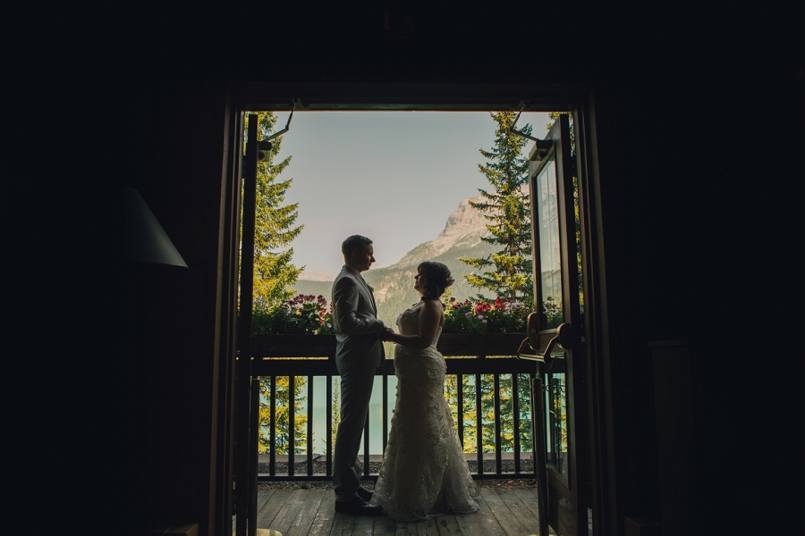 calgary wedding photographer emerald lake lodge anna michalska