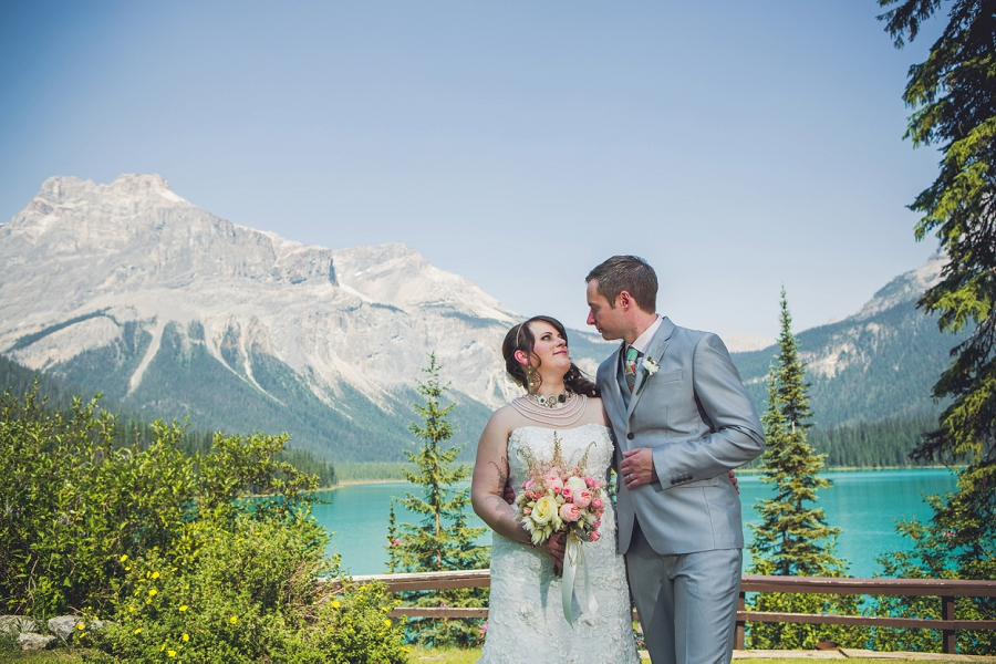 bride groom mountain calgary wedding photographer emerald lake lodge anna michalska