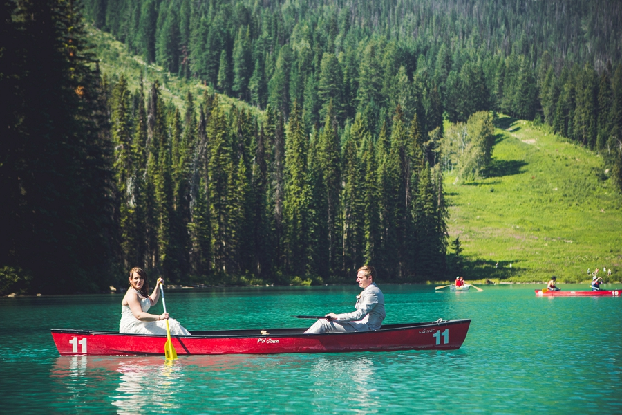 calgary wedding photographer emerald lake lodge anna michalska canoe on lake