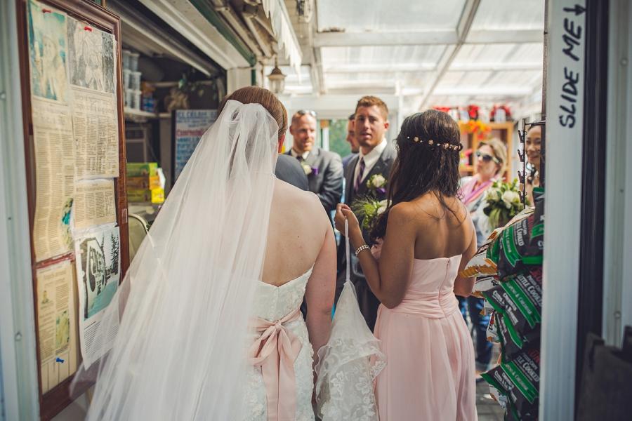 angel's cappuccino and ice cream edworthy park calgary wedding photographers anna michalska bride