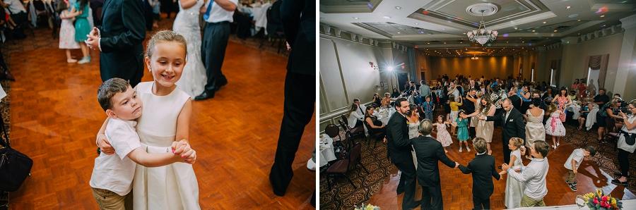 guests dancing ramada plaza hotel calgary wedding photographer anna michalska