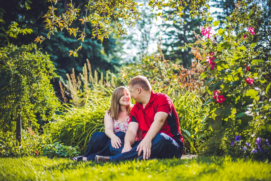 hibiscus reader rock garden engagement session calgary wedding photographer anna michalska