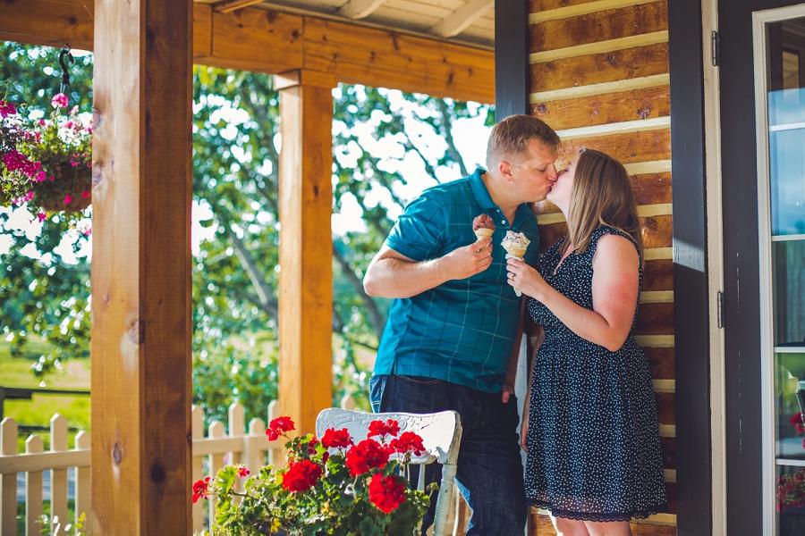 ice cream kiss fish creek park engagement session calgary wedding photographer anna michalska