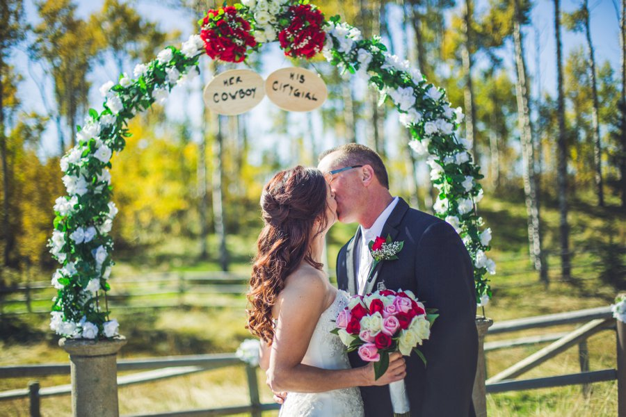 first kiss cowboy themed wedding calgary wedding photographer anna michalska