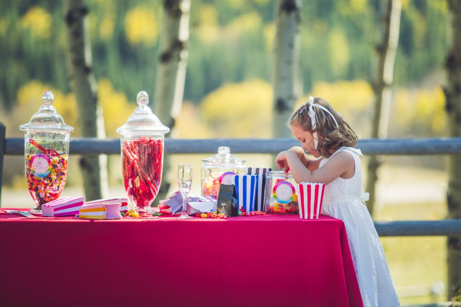 flower girl candy table calgary wedding photographer anna michalska
