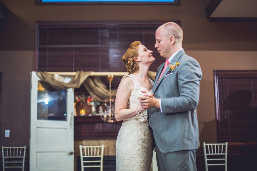 first dance elbow springs golf club calgary wedding photographer anna michalska