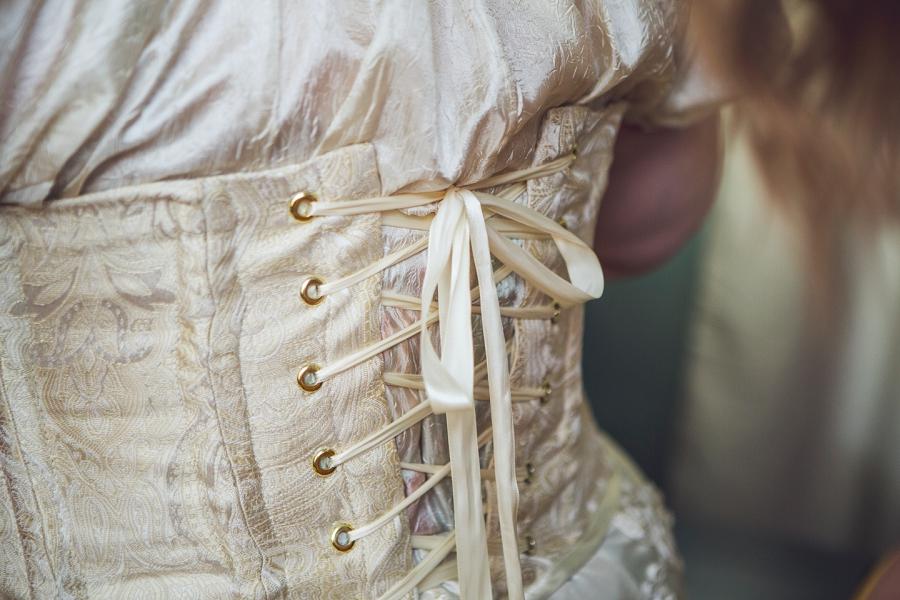 bride lace up corset calgary wedding photographer anna michalska