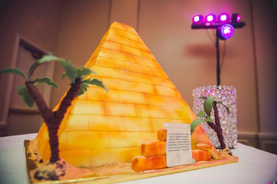 pyramid wedding cake multicultural islamic wedding in calgary photographer ramada plaza hotel