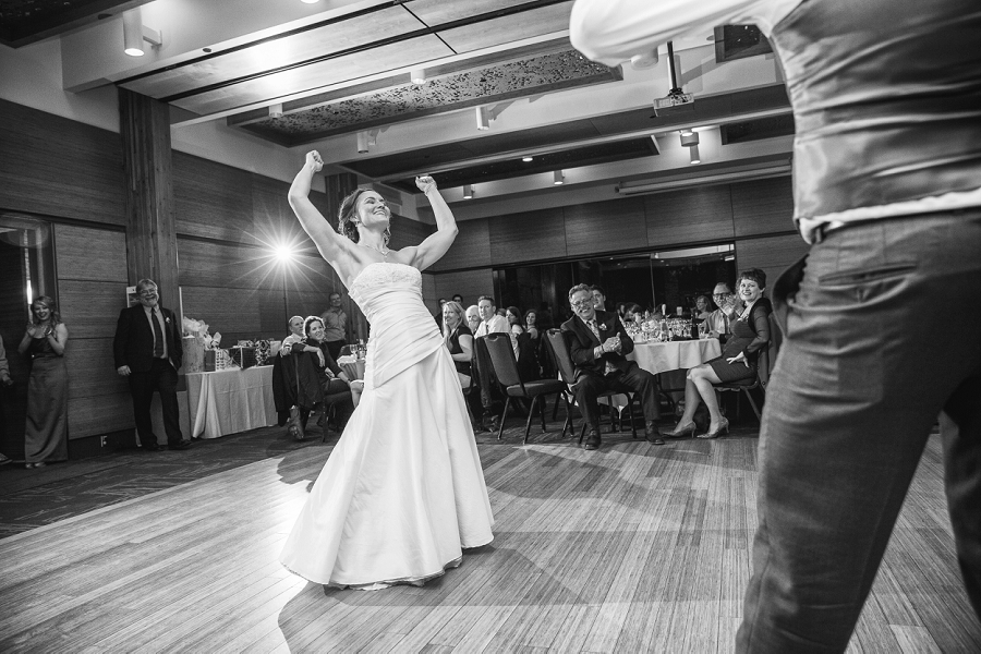 bride dancing calgary zoo wedding photography