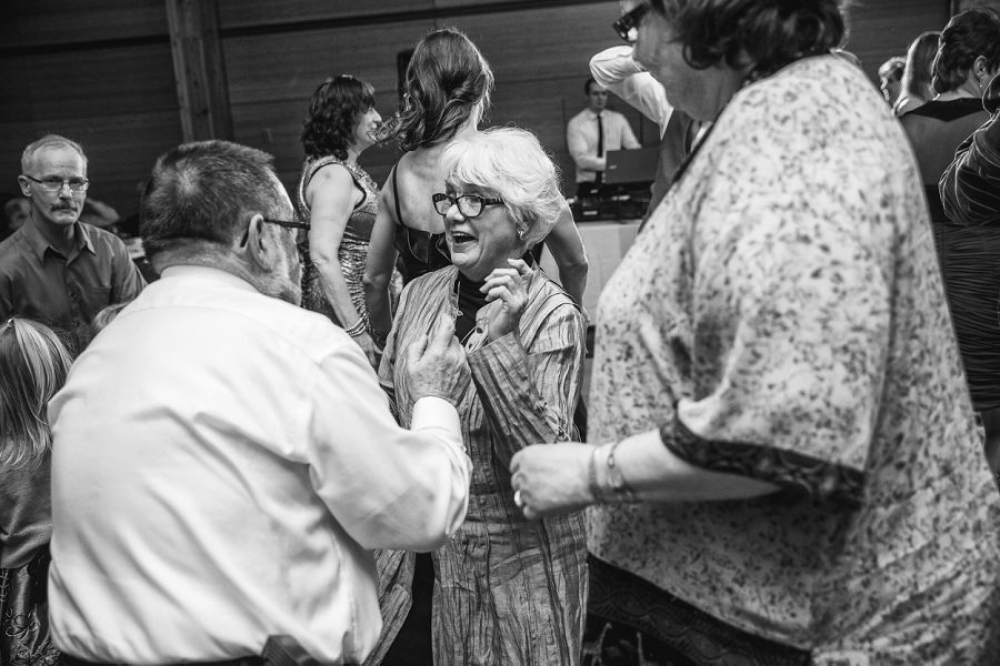grandma dancing calgary zoo wedding photography
