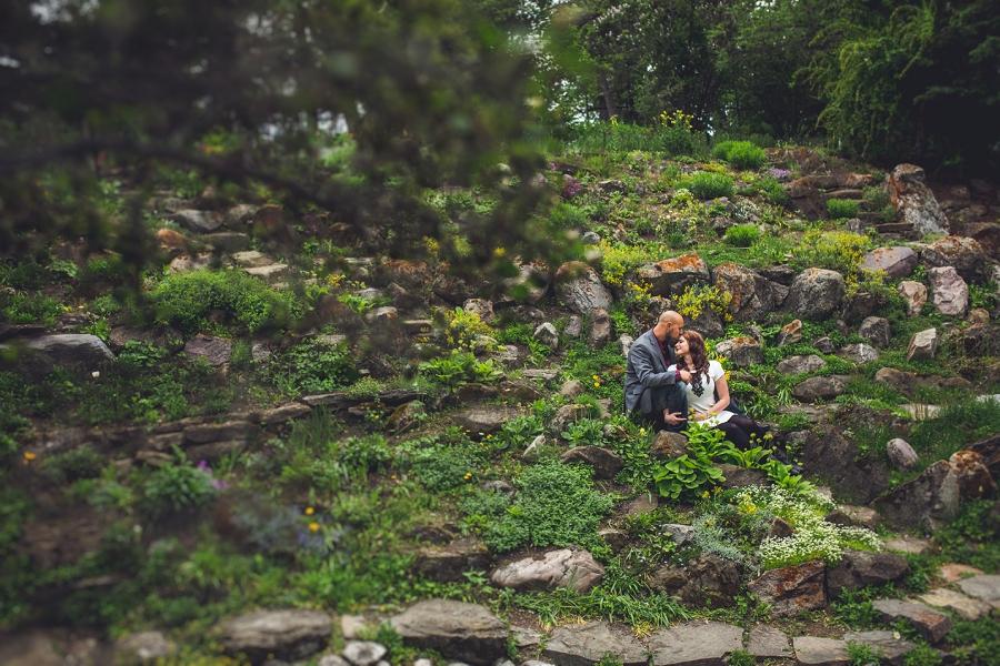 reader rock gardens calgary couple photography