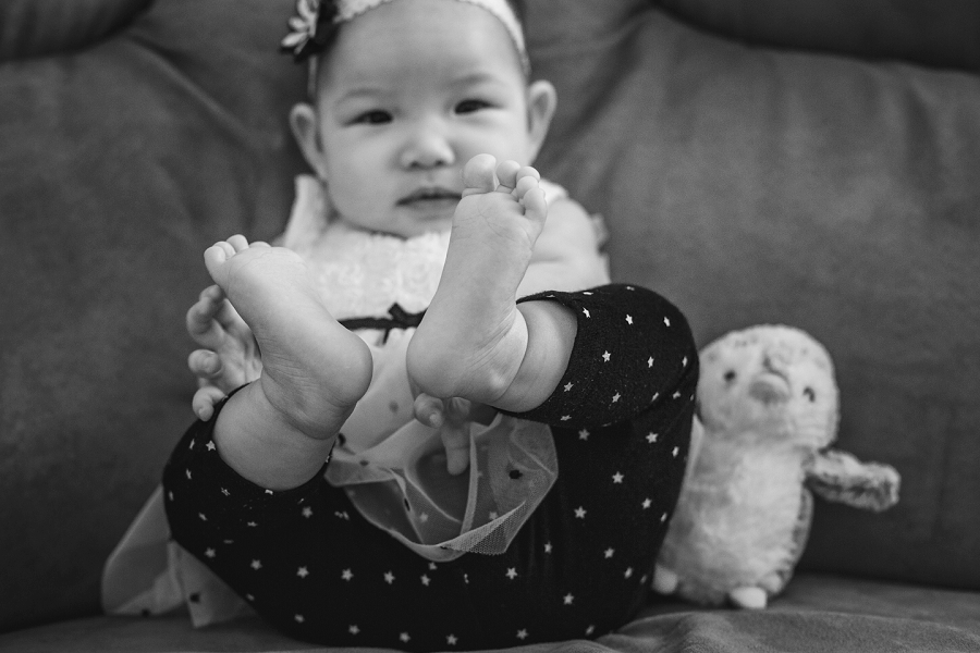 baby toddler feet calgary family photography