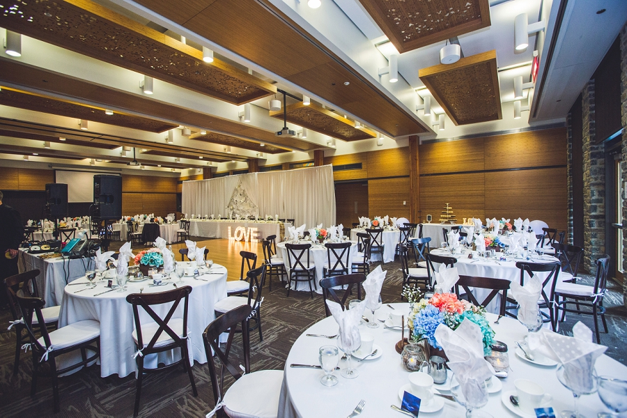 calgary zoo summer wedding reception room decoration