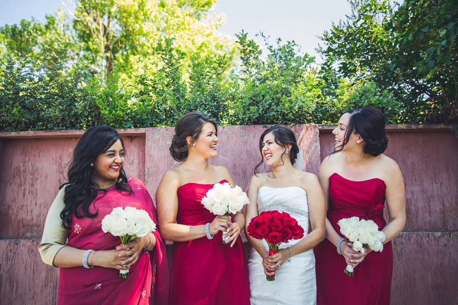 bride with bridesmaids red dresses