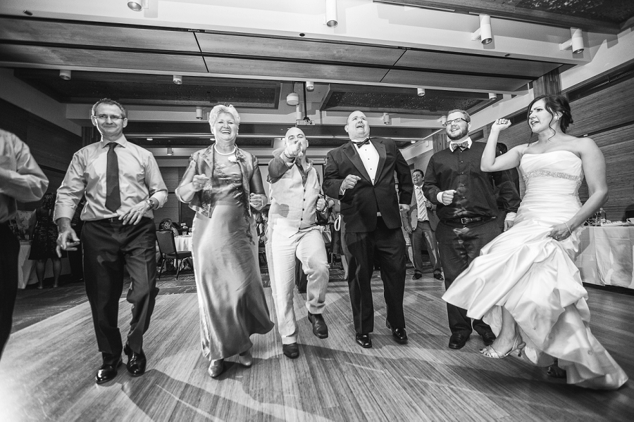 line dancing guests calgary zoo wedding