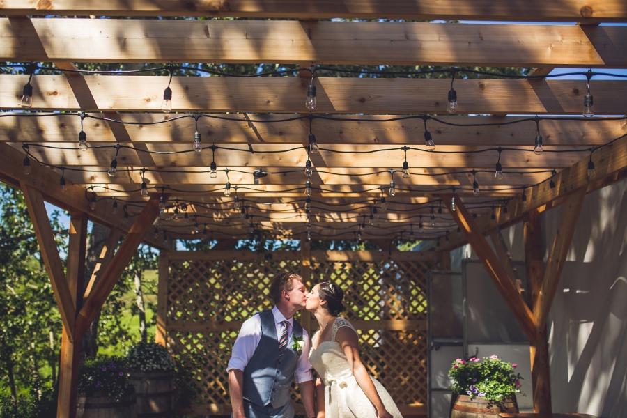 Bow Valley Ranche Restaurant Calgary Wedding bride groom kissing