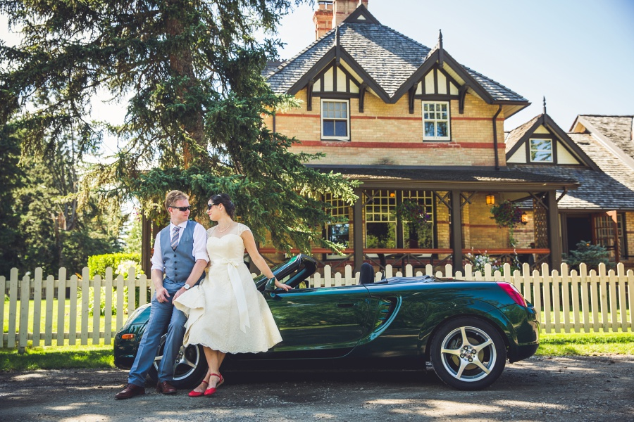 Bow Valley Ranche Restaurant Calgary Wedding bride groom convertible car
